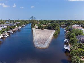 2040 Longboat DR Property Photo - NAPLES, FL real estate listing