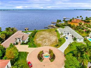 12100 Via Del Fontana WAY Property Photo - FORT MYERS, FL real estate listing