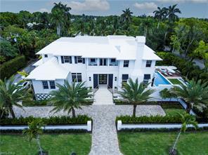 110 Gulf Shore Blvd N Property Photo 3