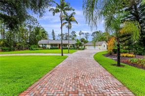 6040 Golden Oaks Ln Property Photo