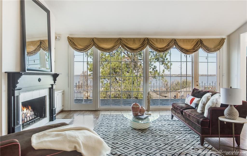 5665 S Lakeshore Drive Property Photo - Shreveport, LA real estate listing