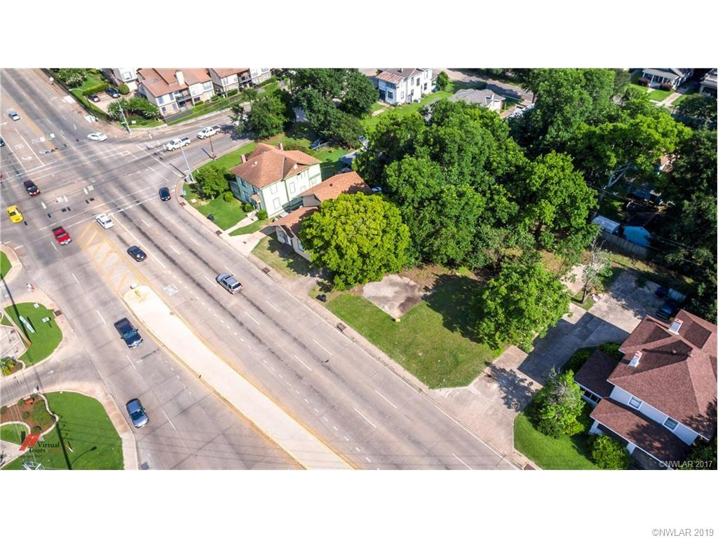 1125 Kings Highway Property Photo