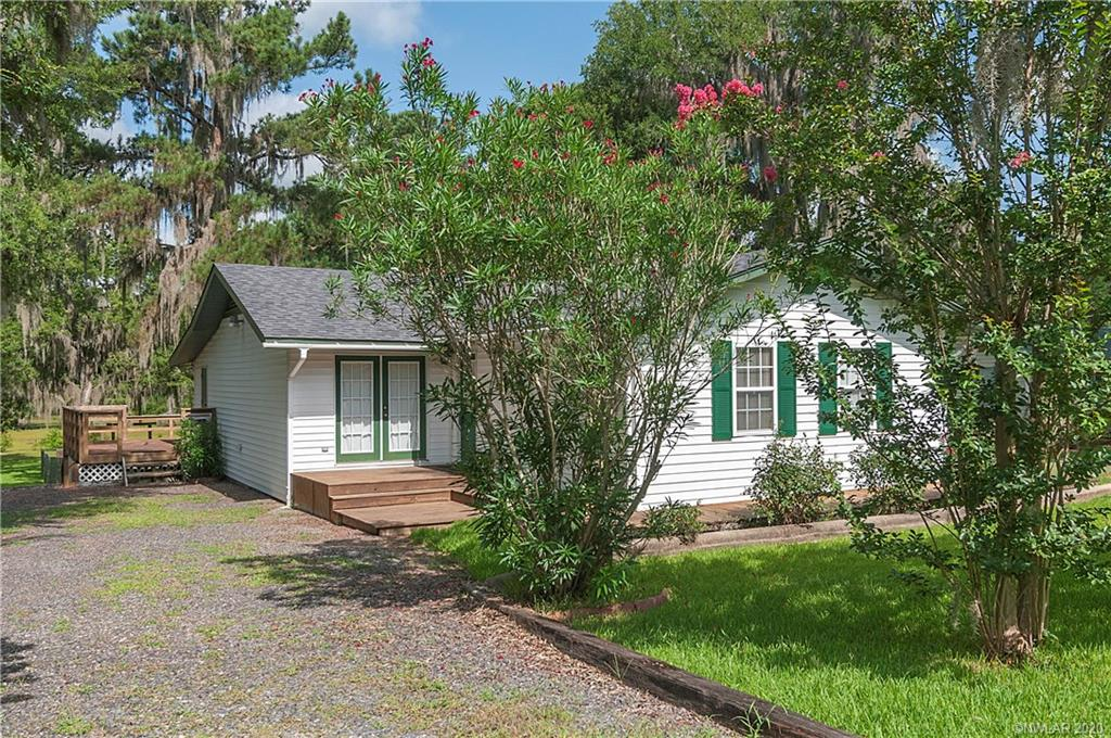 366 Evangeline Drive Property Photo - Elm Grove, LA real estate listing