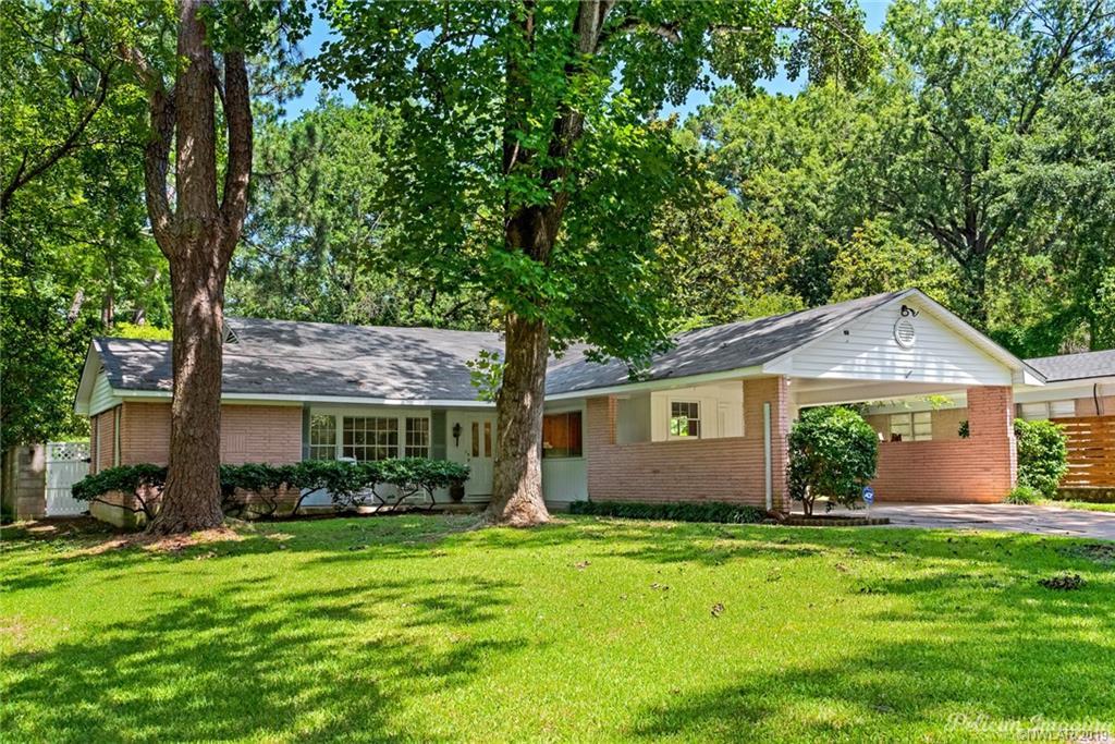 6237 Dillingham Avenue Property Photo