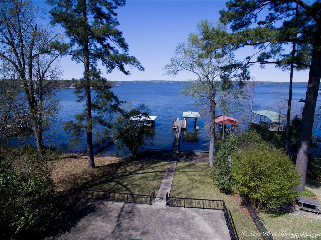 6938 S Lakeshore Drive Property Photo