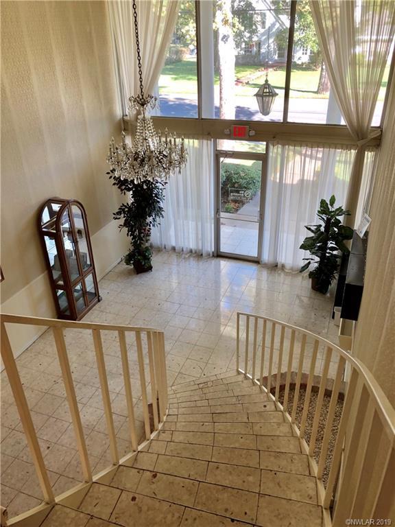 Fairfield Oaks Condos Real Estate Listings Main Image
