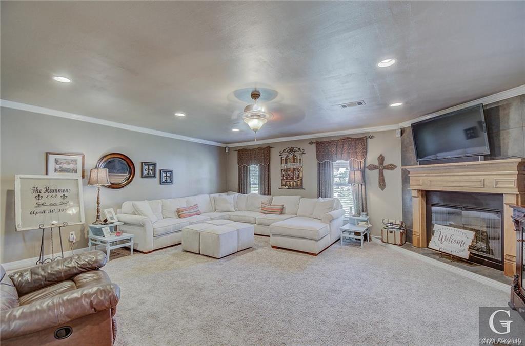 Davis Sub Real Estate Listings Main Image