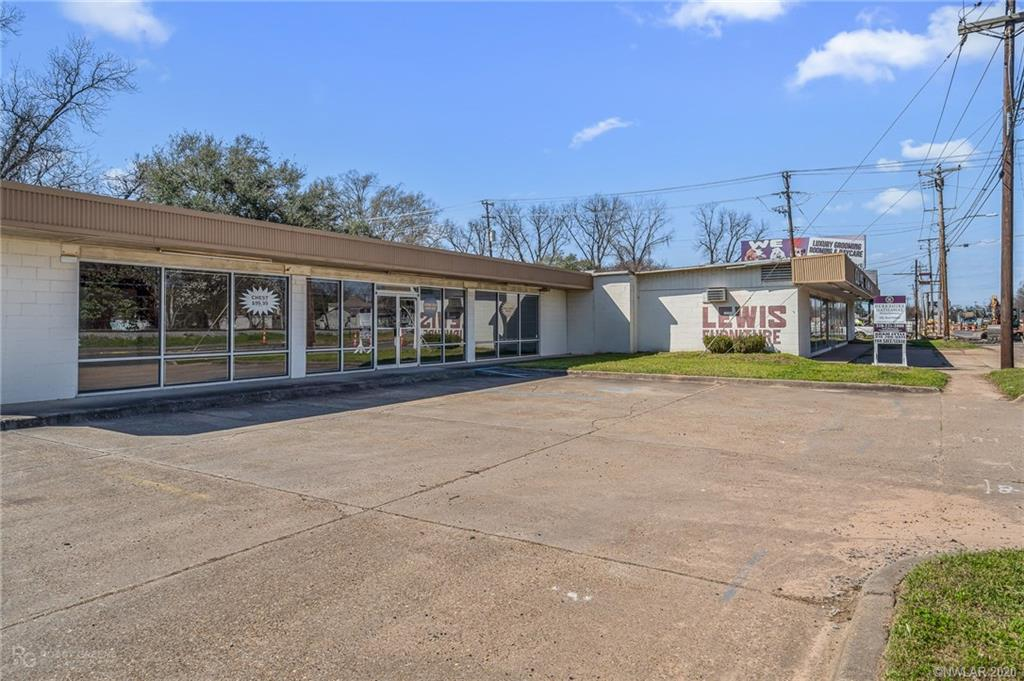 2766 Barksdale Boulevard Property Photo - Bossier City, LA real estate listing