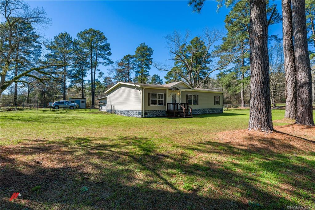 10606 Peggy Lane, Keithville, LA 71047 - Keithville, LA real estate listing