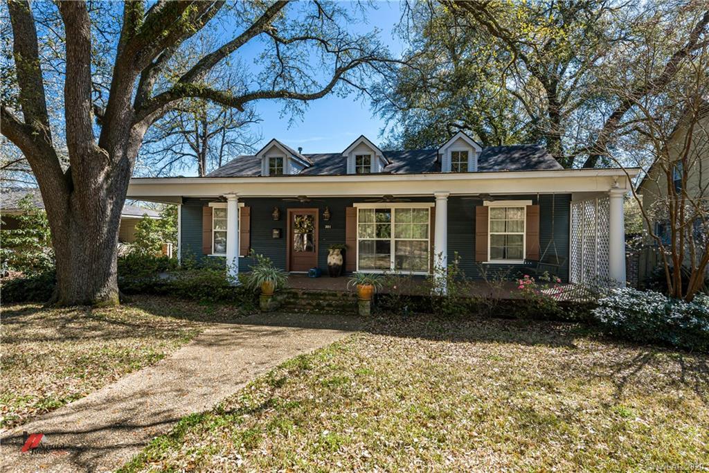 301 Linden Street Property Photo