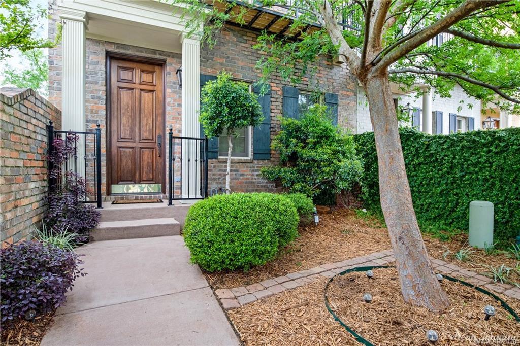 1060 Sunshine Lane Property Photo