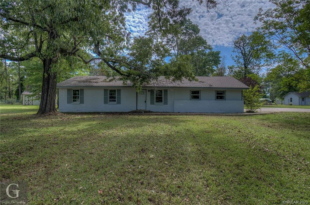 320 Oak Street Property Photo
