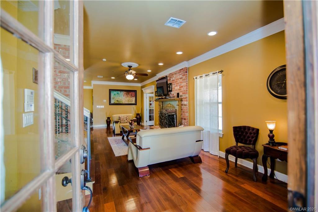 7820 Oak Creek Ranch Trail Property Photo - Shreveport, LA real estate listing