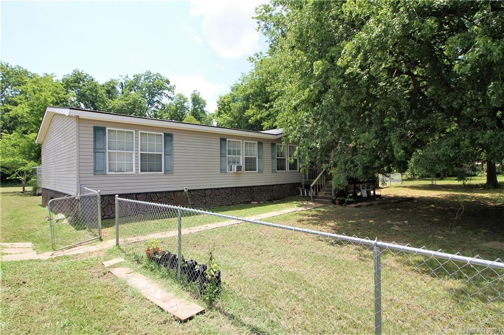 9114 Highway 71 Property Photo - Elm Grove, LA real estate listing