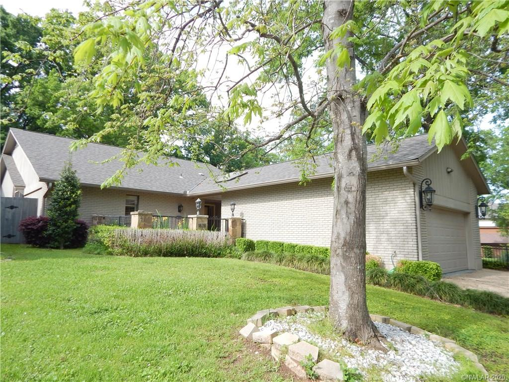 1828 Willow Point Drive Property Photo