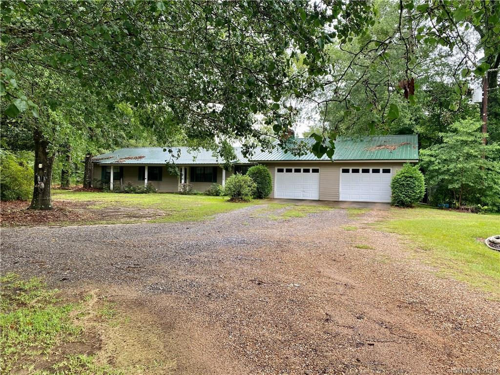 1541 Highway 153 Property Photo