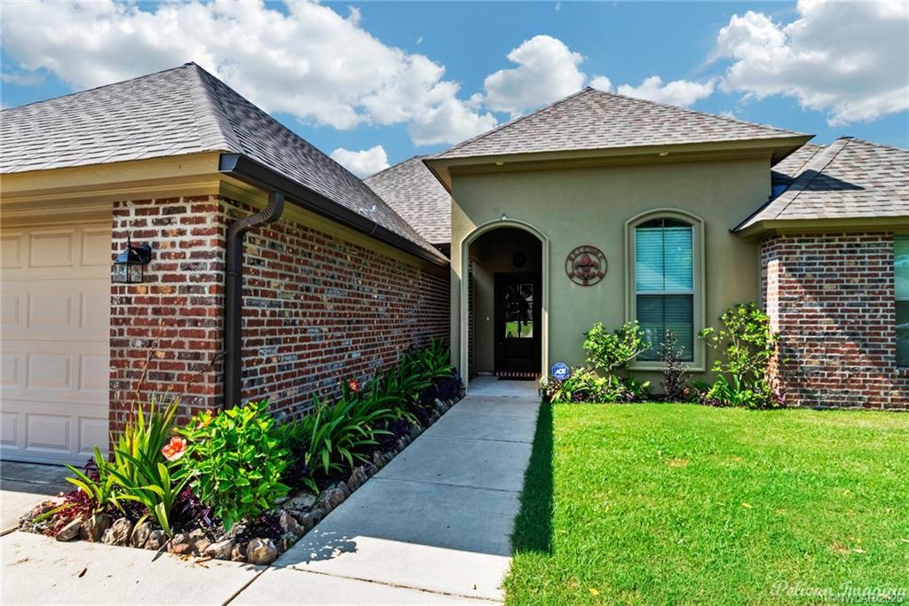 New Territory Sub Real Estate Listings Main Image