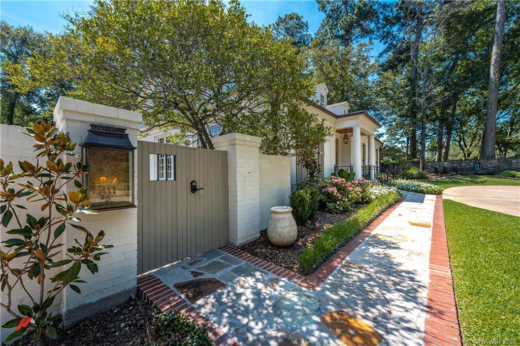 4335 Richmond Property Photo