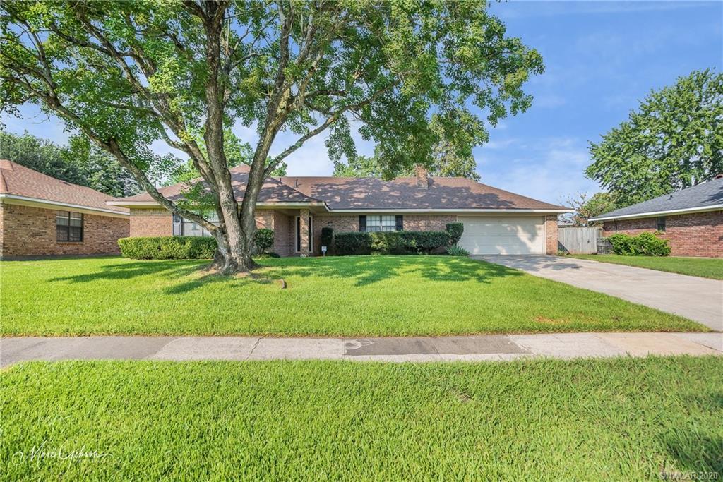 5402 Foxglove Drive Property Photo - Bossier City, LA real estate listing