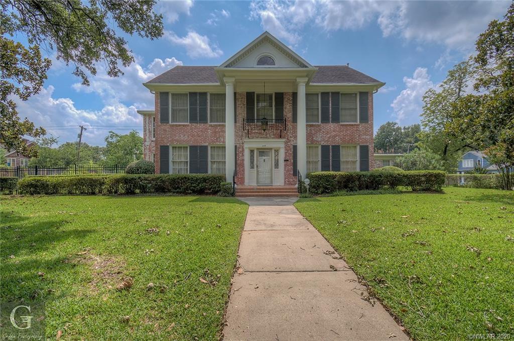 649 Elmwood Street Property Photo