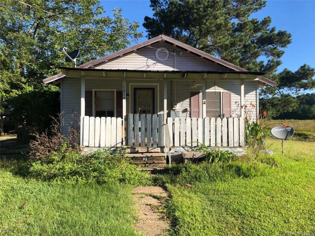 1024 Second Street Property Photo - Coushatta, LA real estate listing