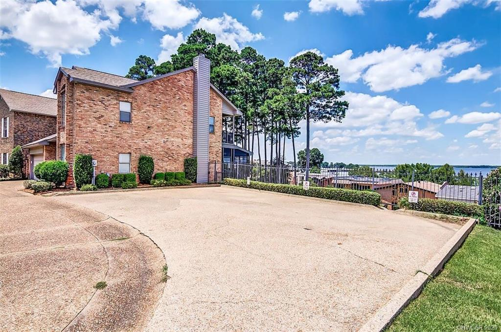 5711 S Lakeshore Drive Property Photo - Shreveport, LA real estate listing