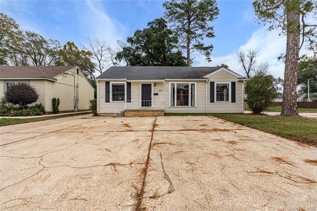 3511 Youree Drive Property Photo