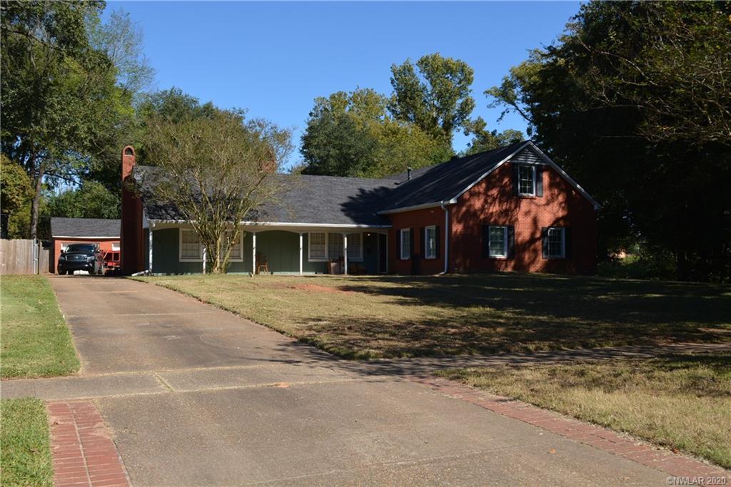 714 E Southfield Road Property Photo