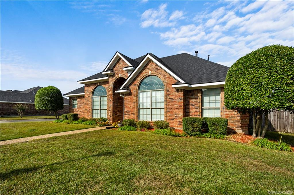2046 Briar Hollow Property Photo - Shreveport, LA real estate listing
