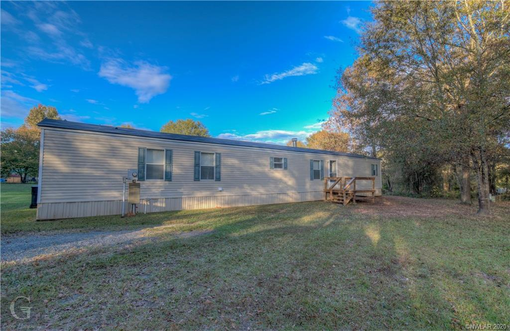 216 Princeton Lane N Property Photo