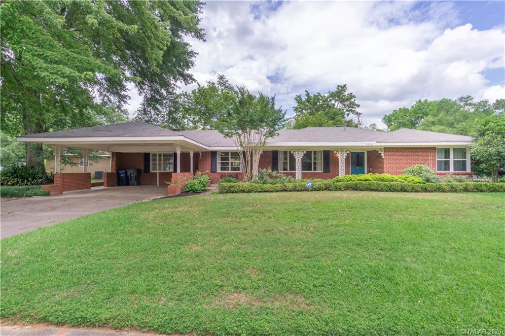 186 Lynn Avenue Property Photo