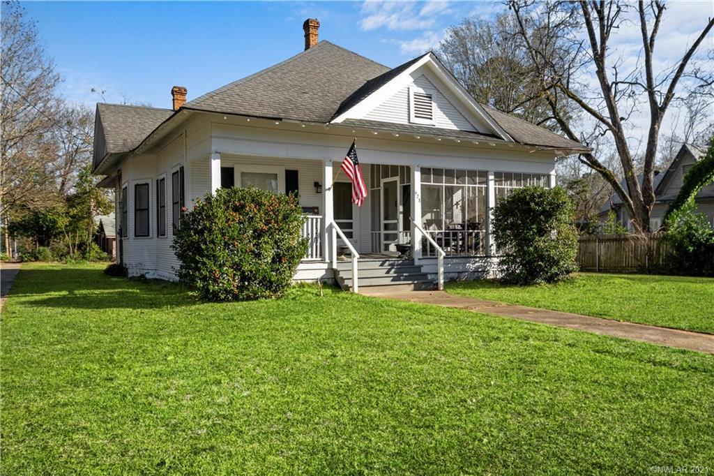 628 Elm Street Property Photo