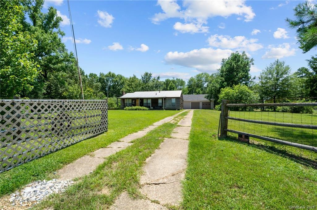 6441 Highway 1 Property Photo