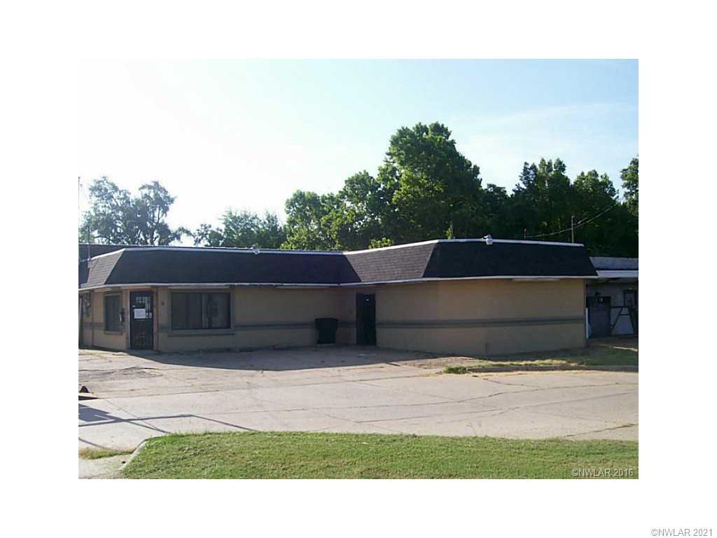 2437 Lakeshore Drive Property Photo - Shreveport, LA real estate listing