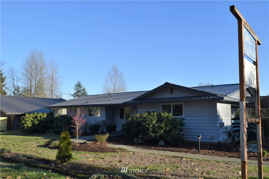 2210 Black Lake Boulevard Sw Property Photo