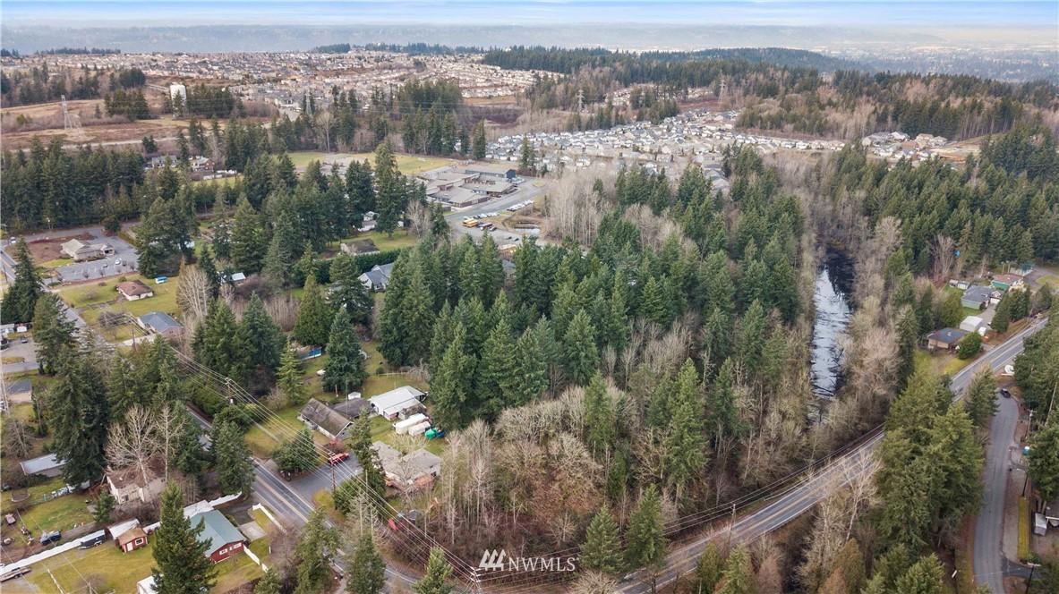 18017 16th Street E Property Photo