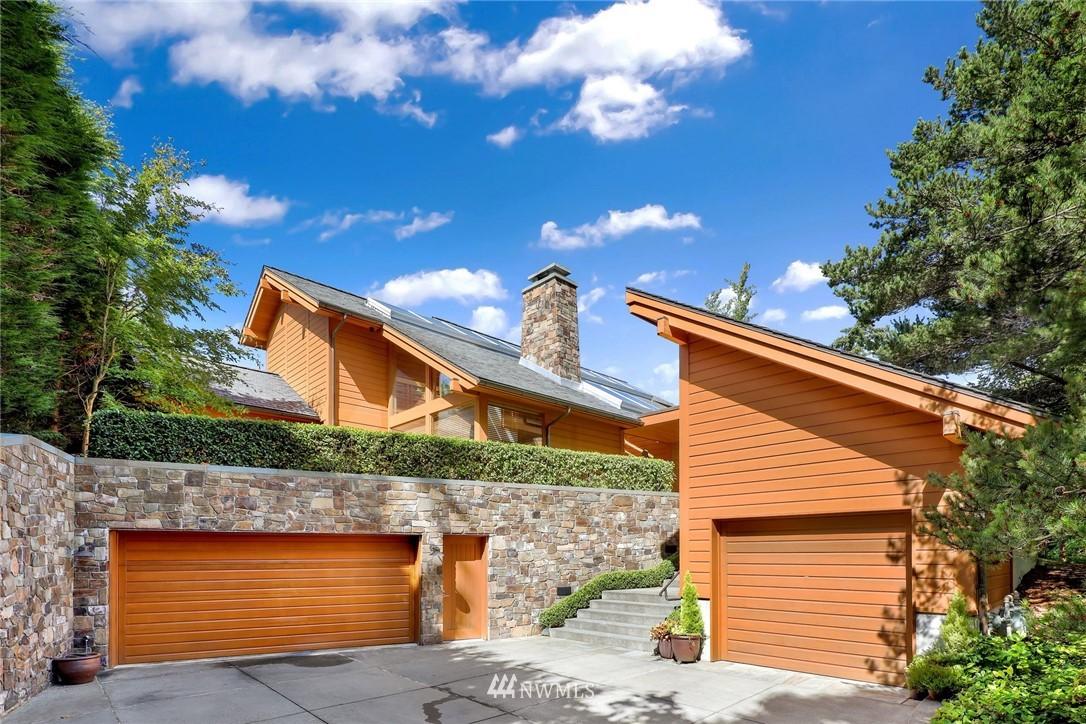 17 Shorewood Drive Property Photo