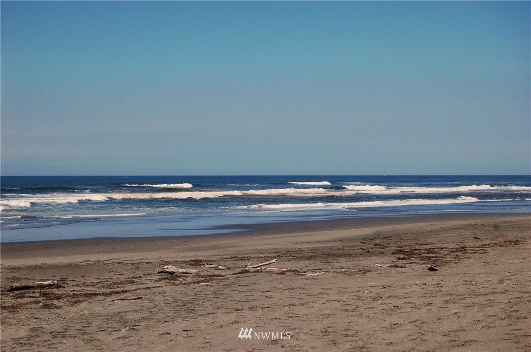 163 Sand Dune Avenue Nw Property Photo