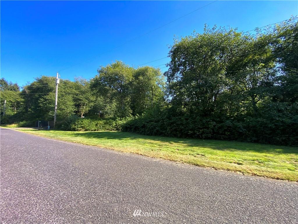 12 Woodland Drive Property Photo