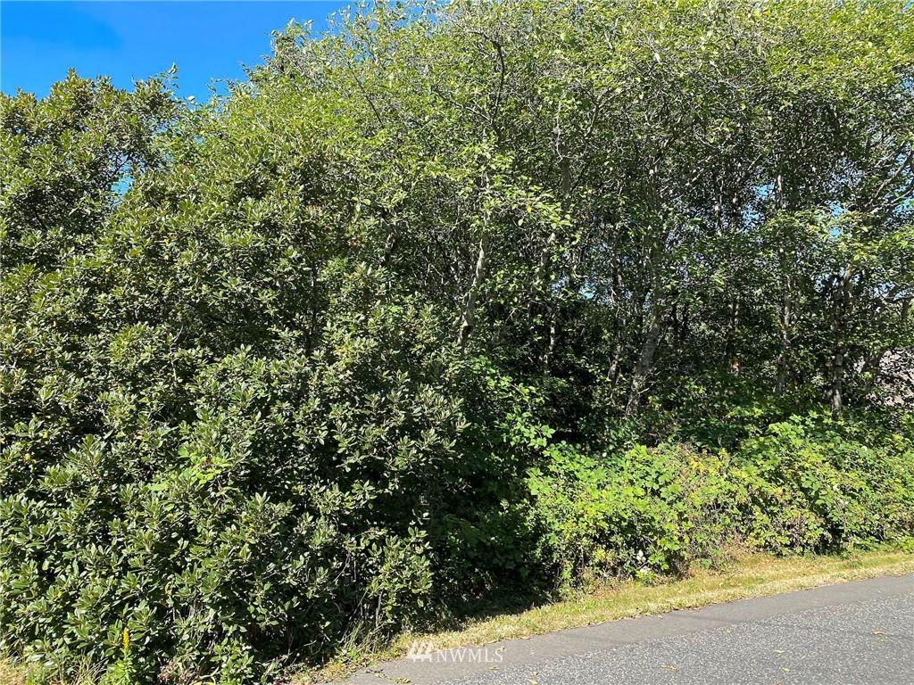 7 Woodland Drive Property Photo