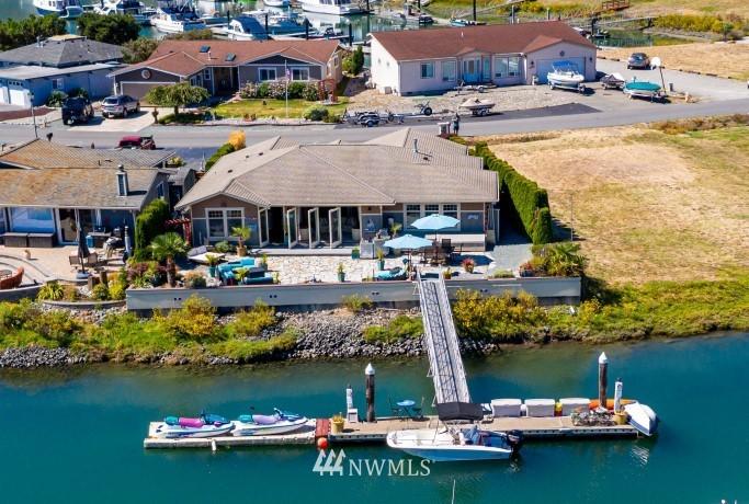 2254 Mariners Way Property Photo