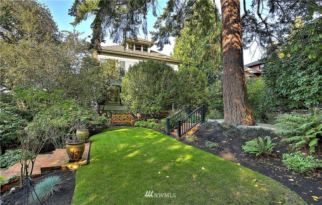 619 N Yakima Avenue Property Photo
