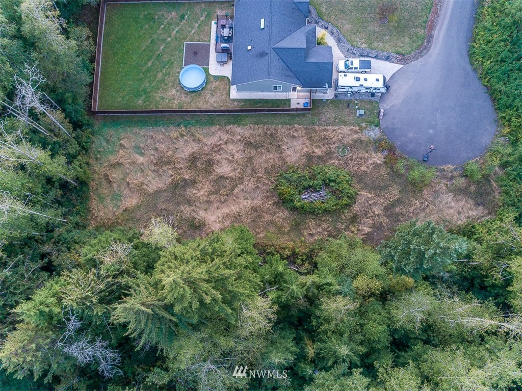 6931 Fremont Drive Property Photo