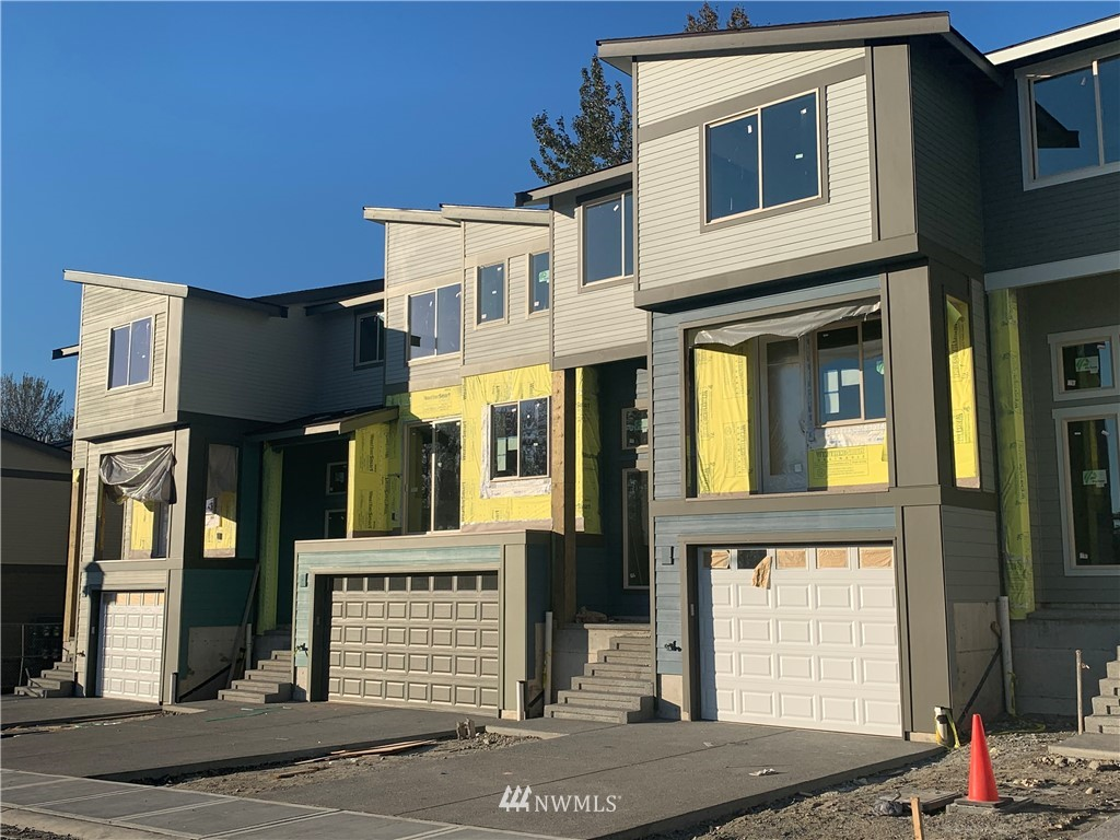 10539 10th Street Ct E Property Photo