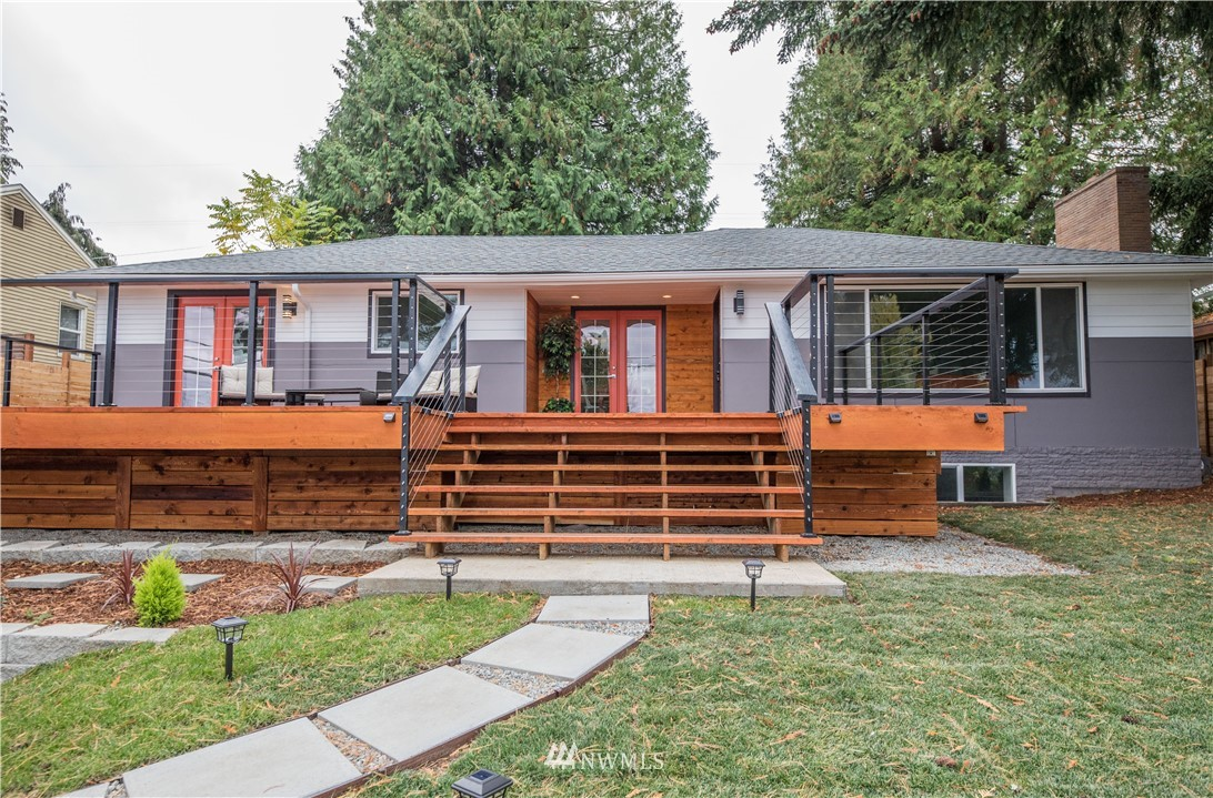 7509 S Sunnycrest Road Property Photo