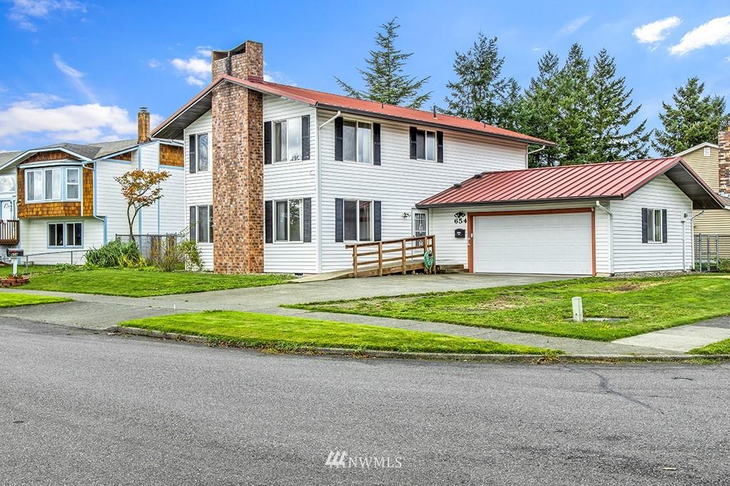 654 Harmony Lane Property Photo