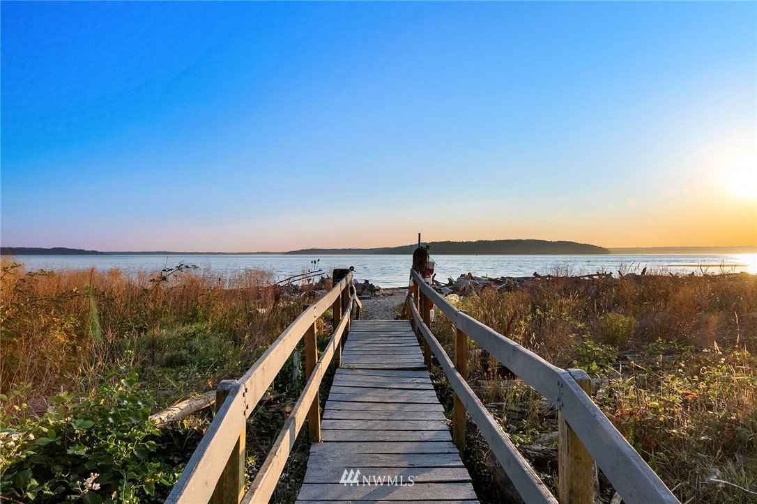 22985 Marine View Drive S #d215 Property Photo