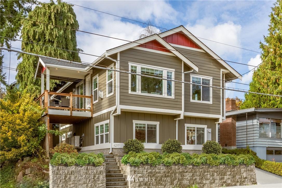 6217 35th Avenue Ne Property Photo