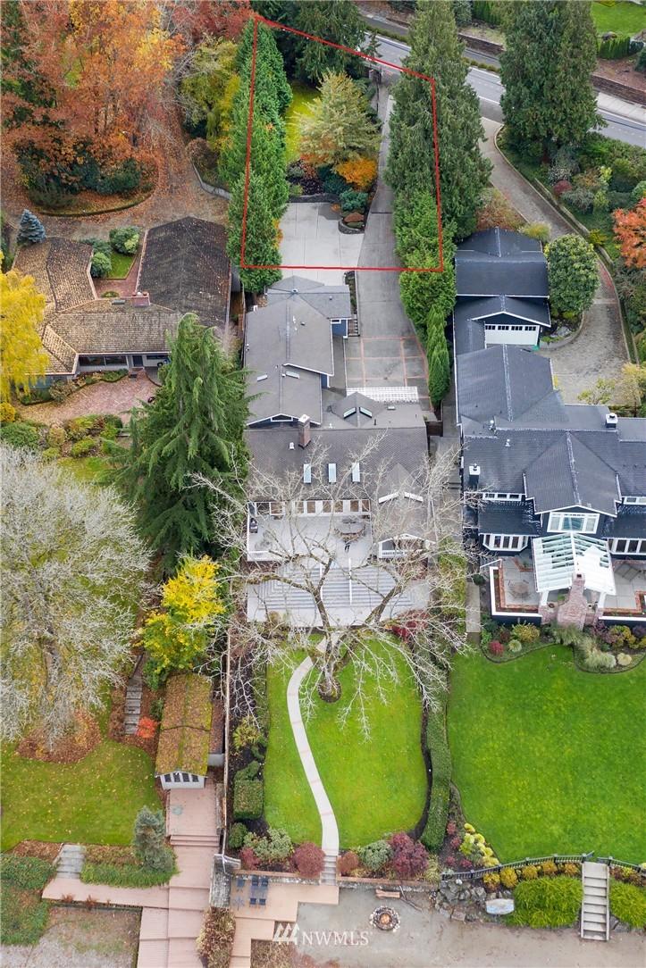 4058 W Lake Sammamish Parkway Se Property Photo