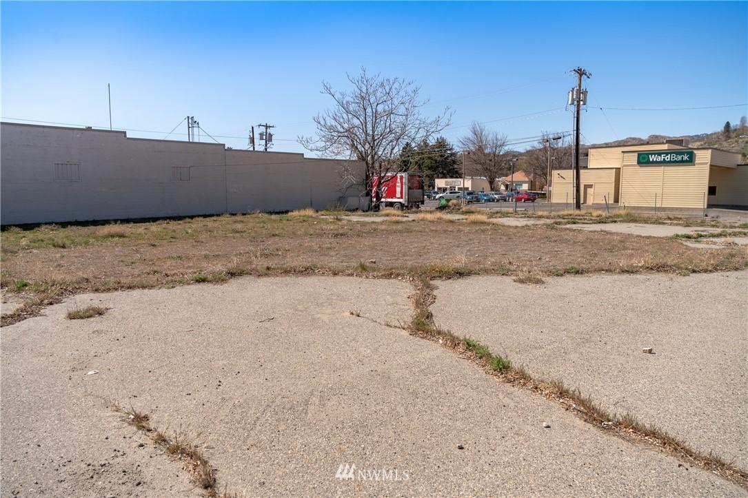 129 Main Street Property Photo